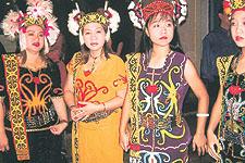 Malaysia Borneo Festival Ethnic Fashion In The Limelight